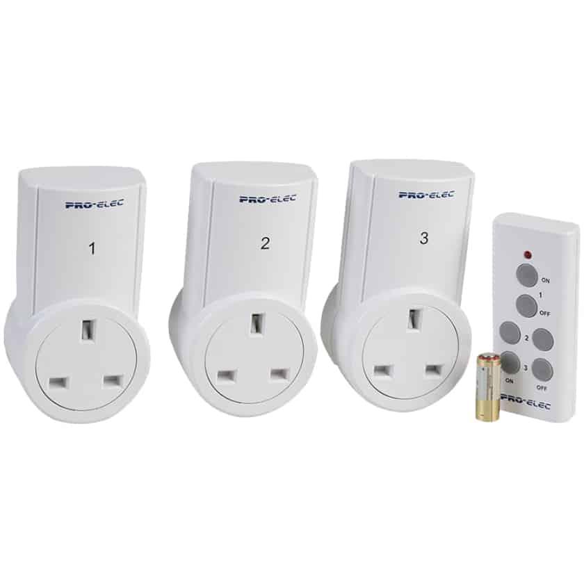 remote control sockets x3 no more bending down. Black Bedroom Furniture Sets. Home Design Ideas
