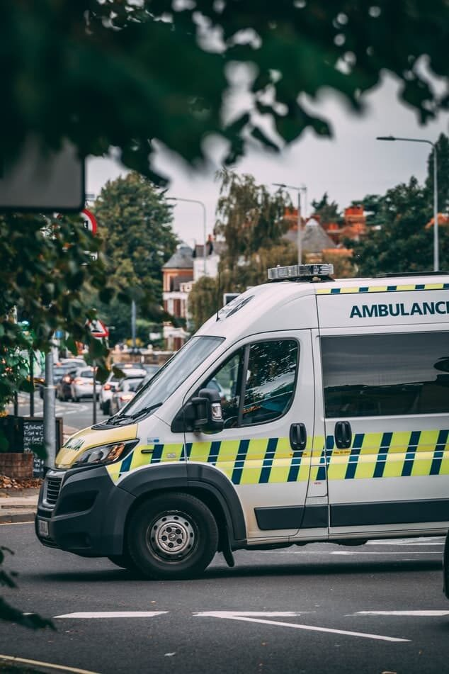 Ambulance on road - Fall prevention